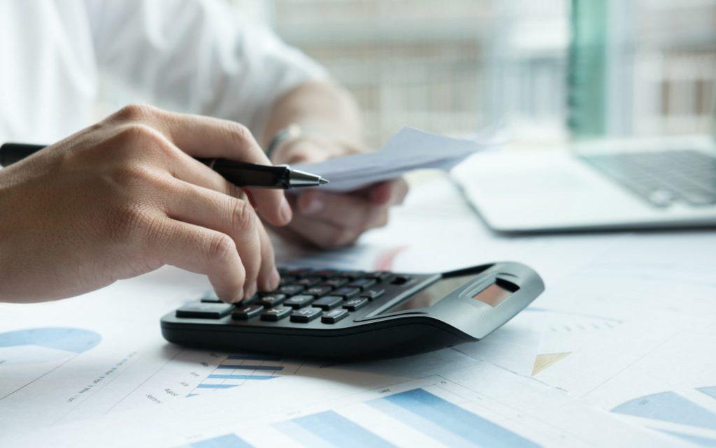 Les avantages et inconvénients d'une souscription à un prêt personnel
